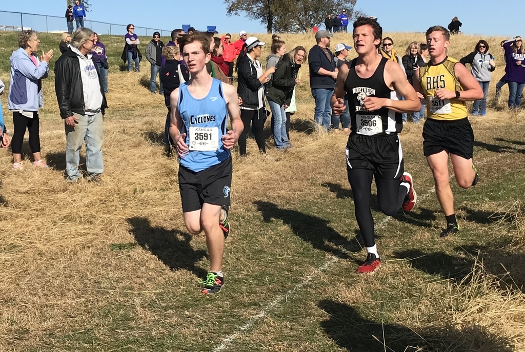 Hayden Daugherty competes at Regional Cross Country.